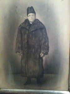 fur_coat_1910
